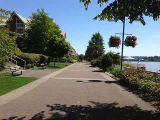 """Photo 18: 1706 1250 QUAYSIDE Drive in New Westminster: Quay Condo for sale in """"PROMENADE"""" : MLS®# V1071972"""