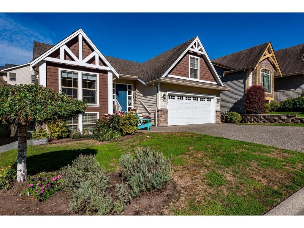 Main Photo: 50881 FORD CREEK Place in Chilliwack: Eastern Hillsides House for sale : MLS®# R2620556