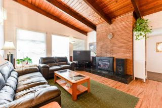 Photo 3: 18922 120 Avenue in Pitt Meadows: Central Meadows House for sale : MLS®# R2555786