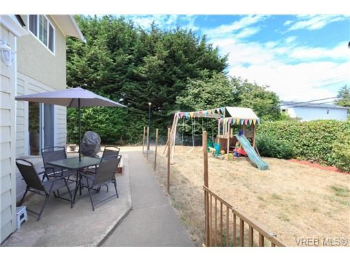 Photo 13: Photos: 23 10070 Fifth St in SIDNEY: Si Sidney North-East Row/Townhouse for sale (Sidney)  : MLS®# 739544