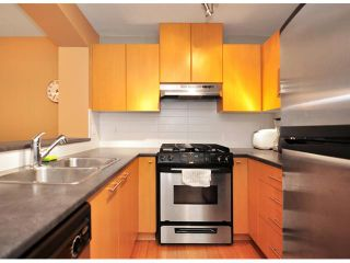 Photo 4: # 212 9319 UNIVERSITY CR in Burnaby: Simon Fraser Univer. Condo for sale (Burnaby North)  : MLS®# V870747