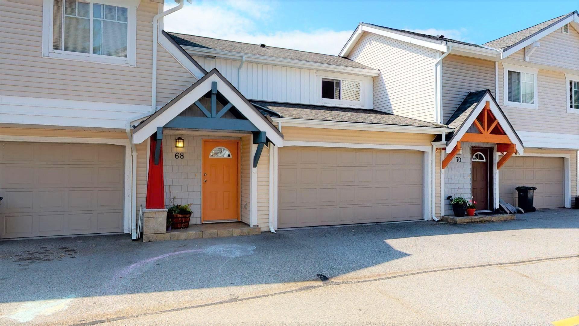 "Main Photo: 68 1821 WILLOW Crescent in Squamish: Garibaldi Estates Townhouse for sale in ""Willow Village"" : MLS®# R2602674"