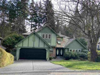 Photo 1: 835 STRATHAVEN Drive in North Vancouver: Windsor Park NV House for sale : MLS®# R2551988