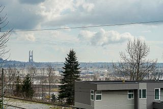 Photo 16: 6437 MARINE Drive in Burnaby: Big Bend 1/2 Duplex for sale (Burnaby South)  : MLS®# R2374846
