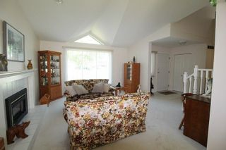 """Photo 3: 4620 220 Street in Langley: Murrayville House for sale in """"Murrayville"""" : MLS®# R2282057"""