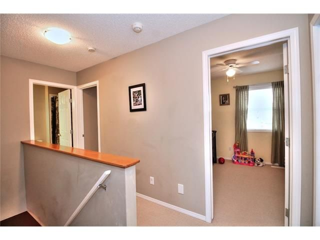 Photo 18: Photos: 527 EVERMEADOW Road SW in Calgary: Evergreen House for sale : MLS®# C4056995