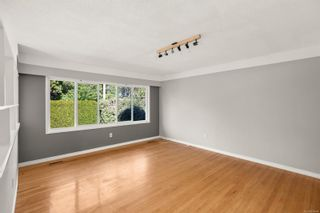 Photo 3: 3192 Shakespeare St in : Vi Oaklands House for sale (Victoria)  : MLS®# 878494