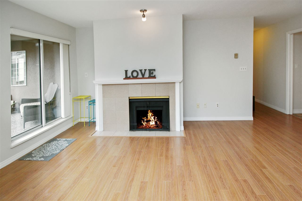 """Photo 3: Photos: 118 1150 QUAYSIDE Drive in New Westminster: Quay Condo for sale in """"WESTPORT"""" : MLS®# R2559746"""