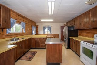 Photo 5: 340 KIDD Road in Smithers: Smithers - Rural House for sale (Smithers And Area (Zone 54))  : MLS®# R2488659