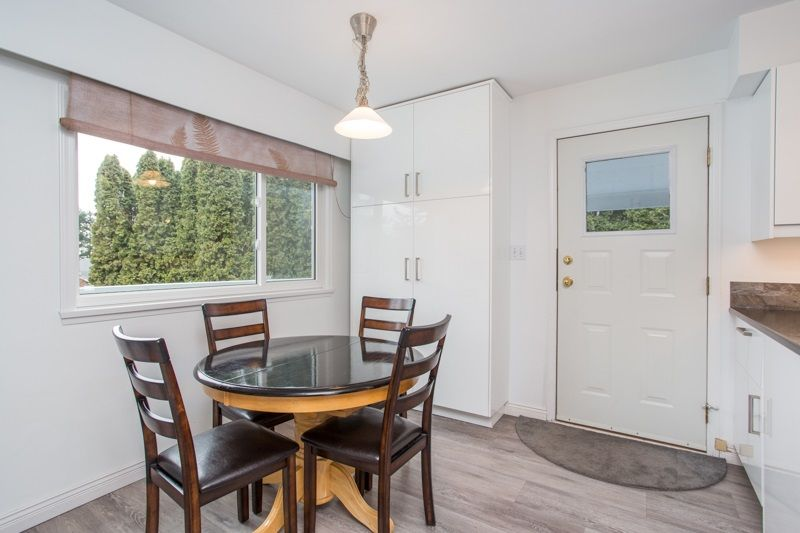 Photo 11: Photos: 1559 134A Street in Surrey: Crescent Bch Ocean Pk. House for sale (South Surrey White Rock)  : MLS®# R2538712