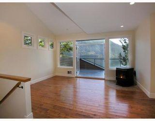 Photo 10: 321 SASAMAT Lane in North Vancouver: Woodlands-Sunshine-Cascade Home for sale ()  : MLS®# V759715