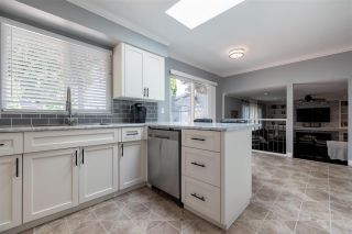 """Photo 14: 27153 33A Avenue in Langley: Aldergrove Langley House for sale in """"Parkside"""" : MLS®# R2591758"""