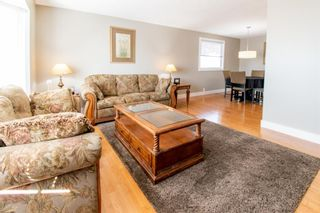 Photo 6: 132 Silver Springs Green NW in Calgary: Silver Springs Detached for sale : MLS®# A1082395