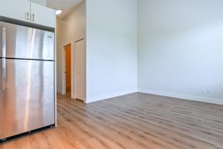 Photo 7: 206 4535 Uplands Dr in : Na Uplands Condo for sale (Nanaimo)  : MLS®# 877095
