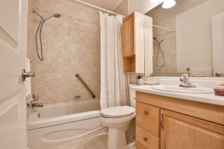 """Photo 13: 981 HOWIE Avenue in Coquitlam: Central Coquitlam Townhouse for sale in """"OAKWOOD"""" : MLS®# R2494241"""
