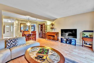 """Photo 8: 110 10748 GUILDFORD Drive in Surrey: Guildford Townhouse for sale in """"Guildford Close"""" (North Surrey)  : MLS®# R2526567"""