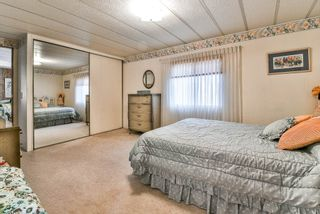 """Photo 16: 91 2303 CRANLEY Drive in Surrey: King George Corridor Manufactured Home for sale in """"Sunnyside"""" (South Surrey White Rock)  : MLS®# R2237731"""