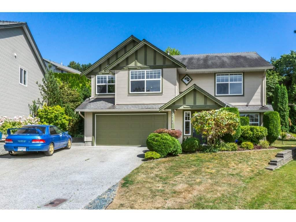 """Main Photo: 3242 RATHTREVOR Court in Abbotsford: Abbotsford East House for sale in """"Mckinley Heights"""" : MLS®# R2191809"""