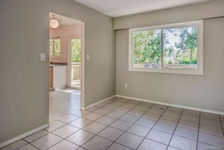 Photo 9: 973 Weaver Pl in Langford: La Walfred House for sale : MLS®# 850635