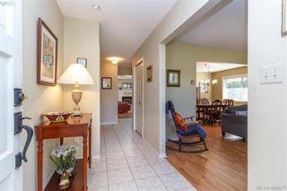 Photo 2: 4421 Bartholomew Pl in VICTORIA: SE Gordon Head House for sale (Saanich East)  : MLS®# 799913