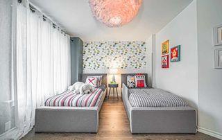 Photo 18: 374 Logan Avenue in Toronto: South Riverdale House (3-Storey) for sale (Toronto E01)  : MLS®# E5202554