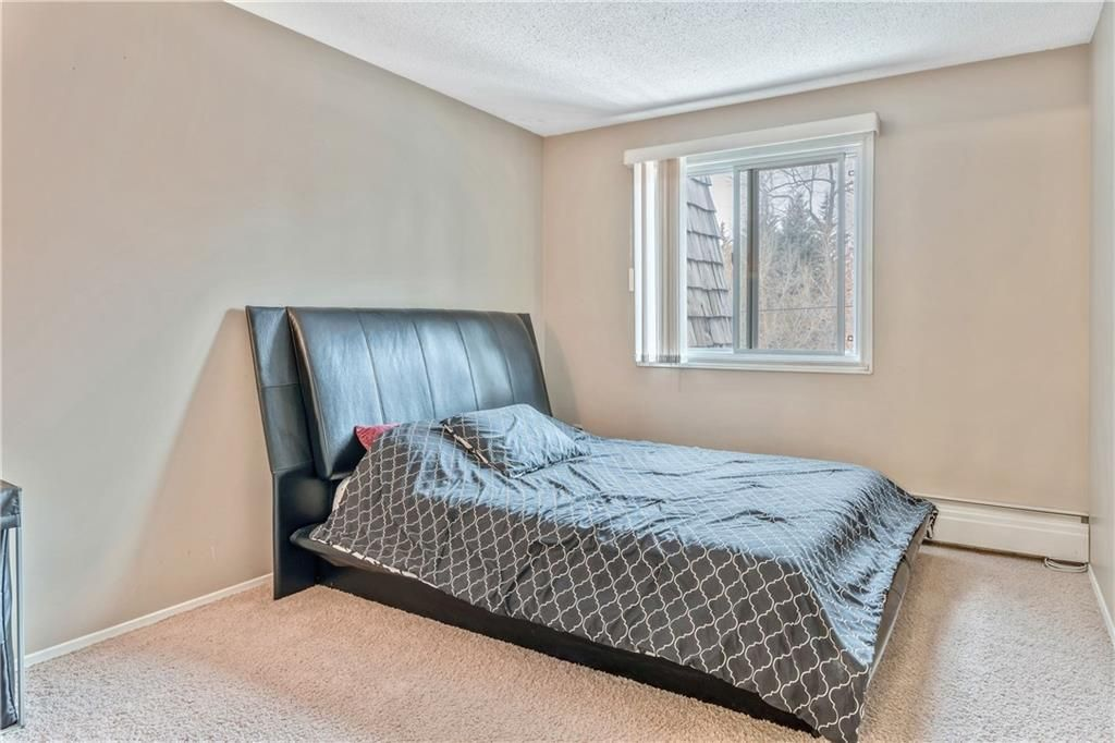 Photo 15: Photos: 9306 315 SOUTHAMPTON Drive SW in Calgary: Southwood Apartment for sale : MLS®# C4224686