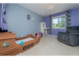 Photo 13: 6878 198B Street in Langley: Willoughby Heights House for sale : MLS®# R2189371