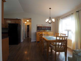 Photo 5: 50 1st Street SW in Portage la Prairie: House for sale : MLS®# 202105577