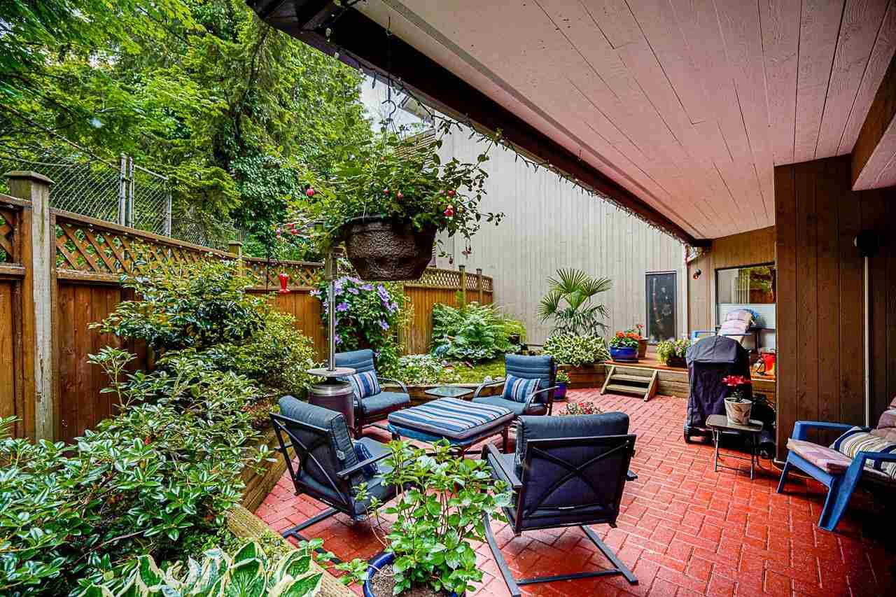 """Main Photo: 106 3191 MOUNTAIN Highway in North Vancouver: Lynn Valley Condo for sale in """"LYNN TERRACE II"""" : MLS®# R2592579"""