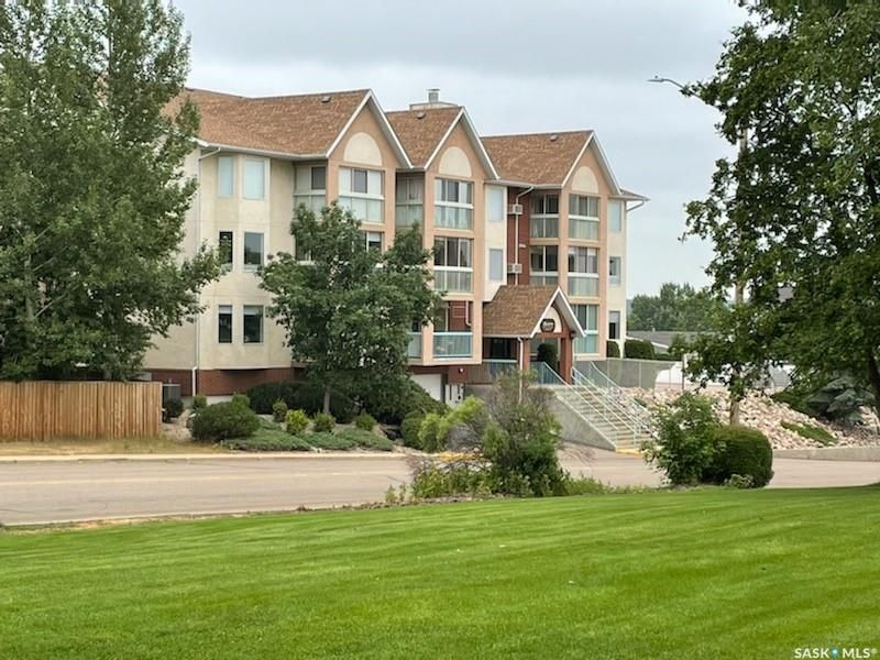 Main Photo: 205 62 24th Street in Battleford: Residential for sale : MLS®# SK864585