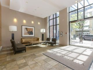 """Photo 10: 2306 977 MAINLAND Street in Vancouver: Yaletown Condo for sale in """"YALETOWN PARK 3"""" (Vancouver West)  : MLS®# R2367819"""