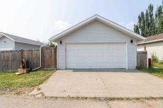 Photo 36: 1695 TOMPKINS Place in Edmonton: Zone 14 House for sale : MLS®# E4257954