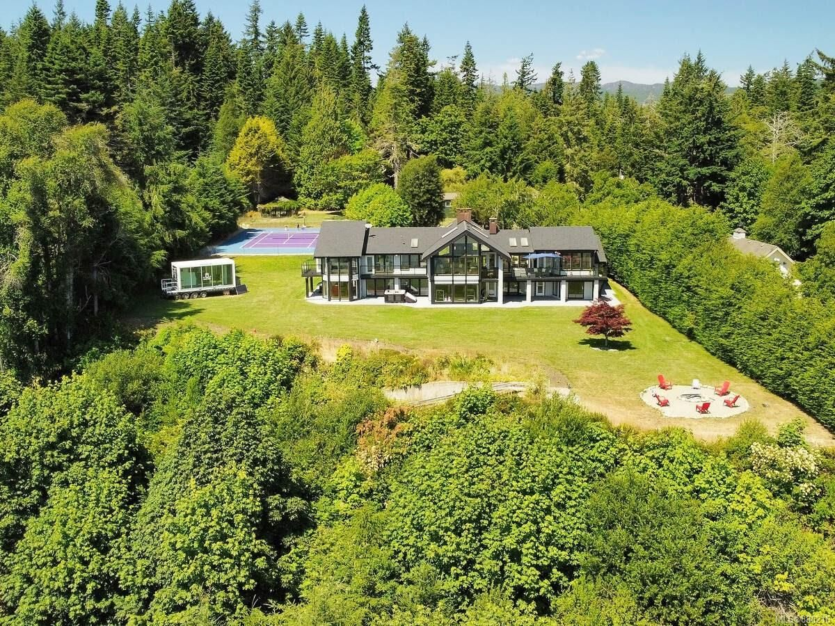 Main Photo: 9227 Invermuir Rd in : Sk West Coast Rd House for sale (Sooke)  : MLS®# 880216