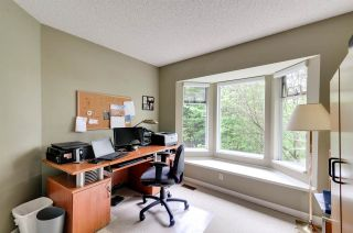 Photo 12: 8895 FINCH COURT in Burnaby: Forest Hills BN Townhouse for sale (Burnaby North)  : MLS®# R2061604
