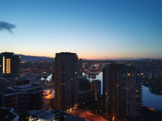 "Photo 22: 2616 89 NELSON Street in Vancouver: Yaletown Condo for sale in ""THE ARC"" (Vancouver West)  : MLS®# R2493016"