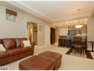 Photo 3: 118 1787 154TH Street in Surrey: King George Corridor Condo for sale (South Surrey White Rock)  : MLS®# F1020147
