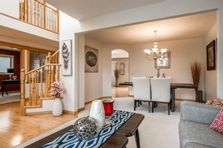 Photo 4: 637 Hamptons Drive NW in Calgary: Hamptons Detached for sale : MLS®# A1112624