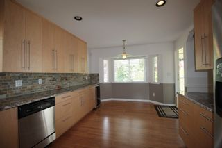 """Photo 5: 22329 47 Avenue in Langley: Murrayville House for sale in """"Murrayville"""" : MLS®# R2201488"""