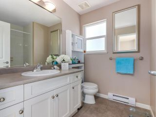 """Photo 15: 46 3363 ROSEMARY HEIGHTS Crescent in Surrey: Morgan Creek Townhouse for sale in """"ROCKWELL"""" (South Surrey White Rock)  : MLS®# R2289421"""