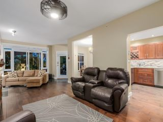 """Photo 7: 108 3600 WINDCREST Drive in North Vancouver: Roche Point Townhouse for sale in """"WINDSONG AT RAVEN WOODS"""" : MLS®# R2067772"""