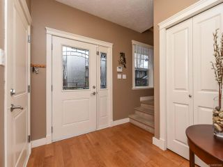 Photo 3: 13 2112 Cumberland Rd in COURTENAY: CV Courtenay City Row/Townhouse for sale (Comox Valley)  : MLS®# 831263