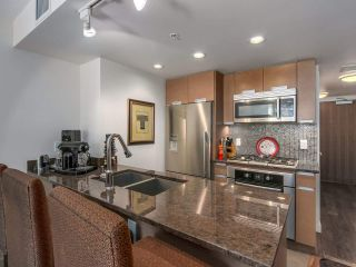 """Photo 10: 375 2080 W BROADWAY in Vancouver: Kitsilano Condo for sale in """"PINNACLE LIVING ON BROADWAY"""" (Vancouver West)  : MLS®# R2211453"""