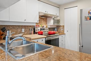 """Photo 19: TH117 1288 MARINASIDE Crescent in Vancouver: Yaletown Townhouse for sale in """"Crestmark I"""" (Vancouver West)  : MLS®# R2625173"""