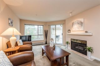 """Photo 2: 436 1252 TOWN CENTRE Boulevard in Coquitlam: Canyon Springs Condo for sale in """"The Kennedy"""" : MLS®# R2232412"""