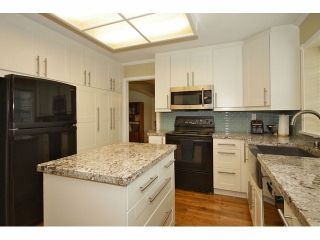 """Photo 4: 6524 CLAYTONHILL Grove in Surrey: Cloverdale BC House for sale in """"CLAYTON HILLS"""" (Cloverdale)  : MLS®# F1309321"""