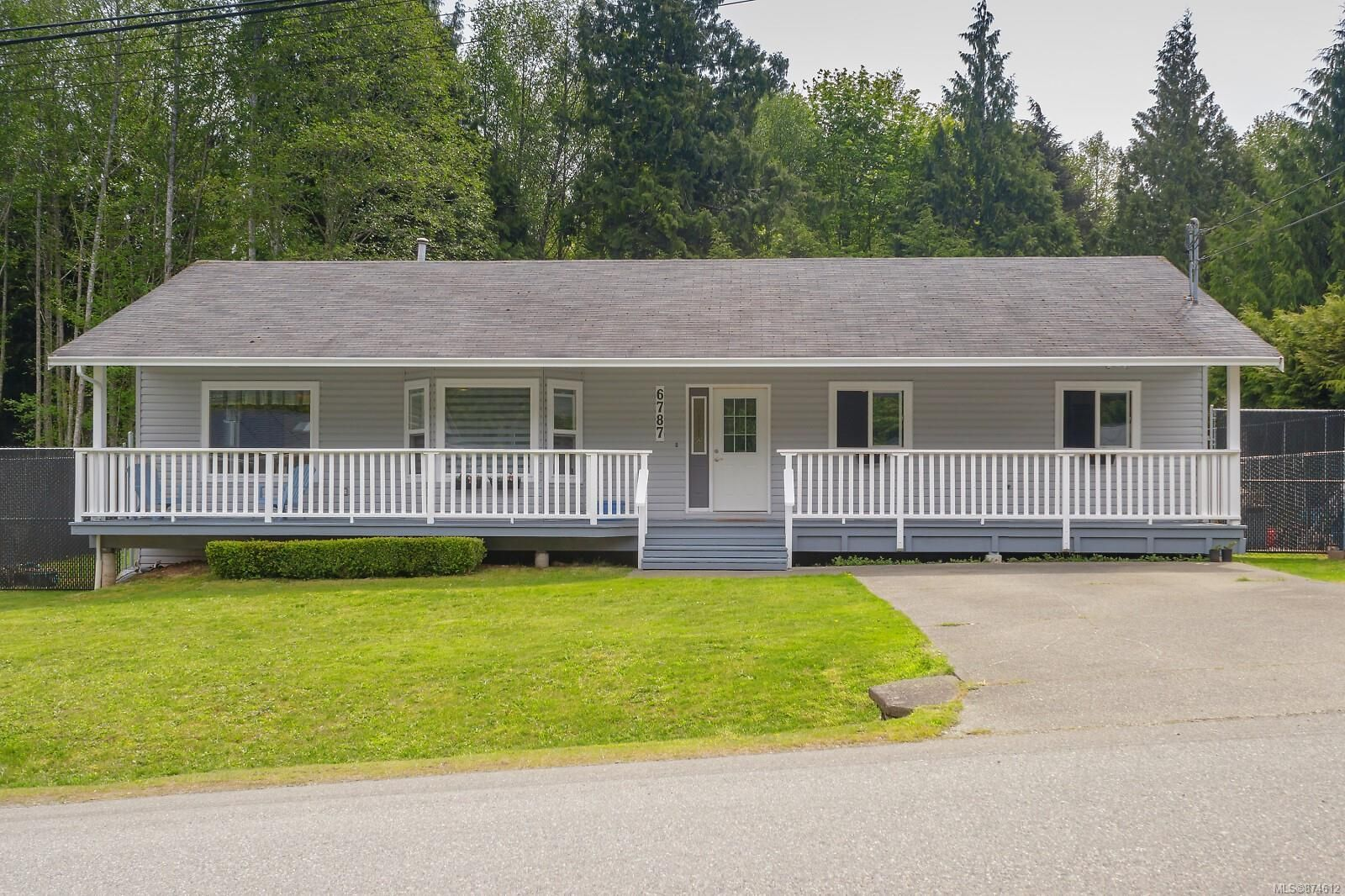 Main Photo: 6787 Burr Dr in : Sk Broomhill House for sale (Sooke)  : MLS®# 874612
