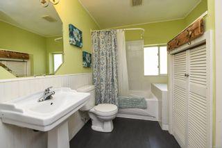 Photo 5: 1779 ASTRA Rd in : CV Comox Peninsula House for sale (Comox Valley)  : MLS®# 857727