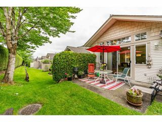 """Photo 27: 98 9012 WALNUT GROVE Drive in Langley: Walnut Grove Townhouse for sale in """"Queen Anne Green"""" : MLS®# R2456444"""