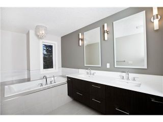 Photo 7: 3360 23 Avenue SW in CALGARY: Killarney_Glengarry Residential Attached for sale (Calgary)  : MLS®# C3597057