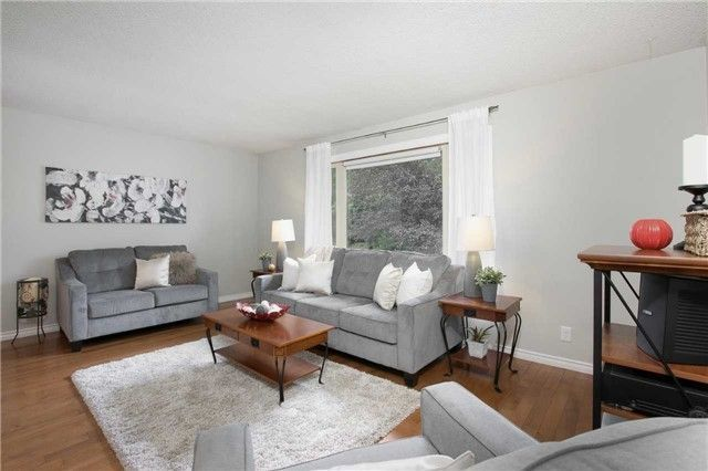 Photo 7: Photos: 73 Park Avenue in East Gwillimbury: Holland Landing House (Sidesplit 5) for sale : MLS®# N4206651